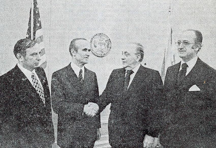 Hafëz Jusuf Azemi, Richard Daley (Kryebashkiak i Chicagos), Prof. Abas Ermenji dhe Prof. Luan Gashi