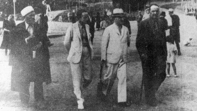 Nga e majta në të djathtë (1943, Tiranë): Mulla Ilaz Spahija - Broja, Ilaz Agushi, Ferat Bej Draga dhe Bedri Pejani