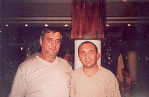 Arbern Llalla me Kosta Kazaqi në Prishtinë
