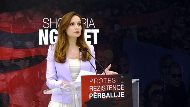 Taksa 10 euro për Rrugën e Kombit, përpjekje për kthimin e shqiptarëve në izolim
