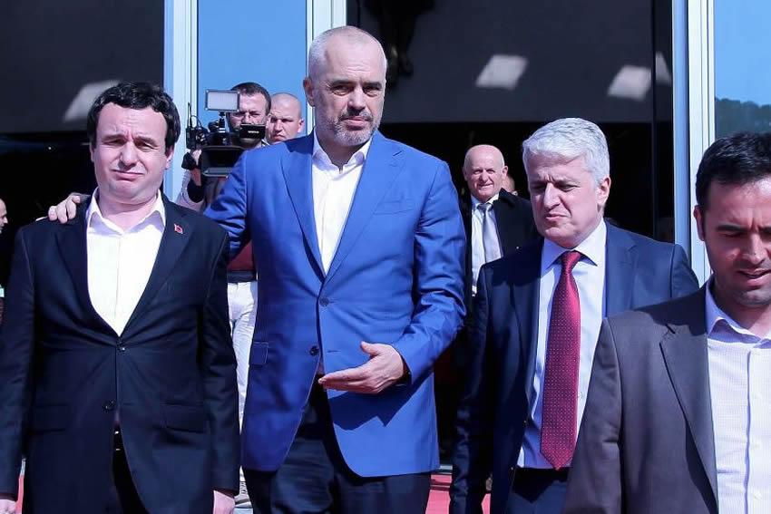 Vetëvendosje janë xhonturqit e Kosovës