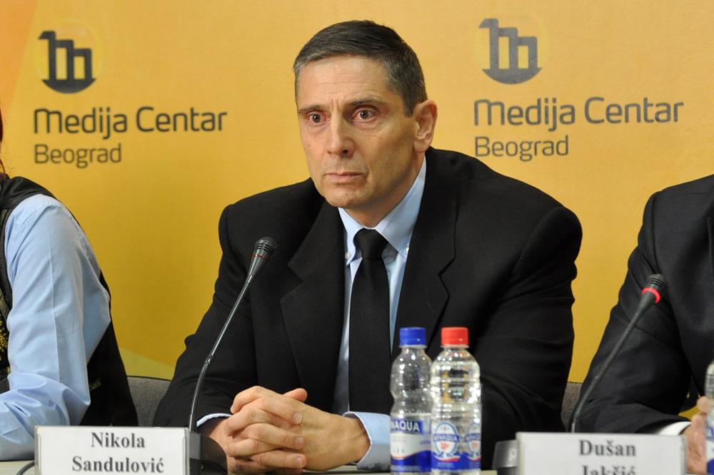Bisedimet në Bruksel po i shërbejnë kriminelëve të luftës në Serbi