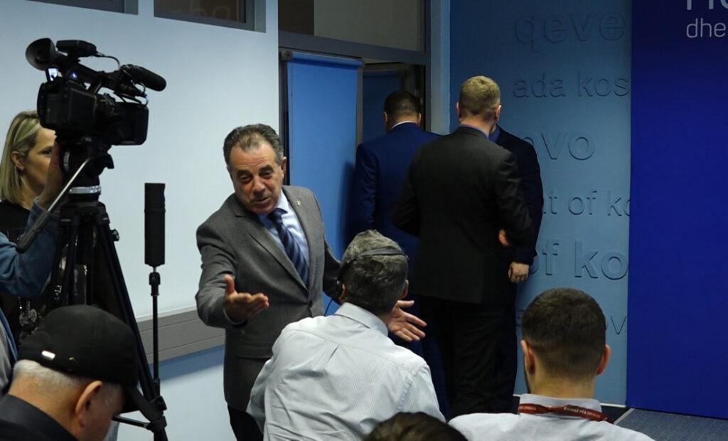 """Zyra e kryeministrit e hedh poshtë """"marrëveshjen sekrete"""" Kosovë – Serbi që u publikua në fundjavë"""