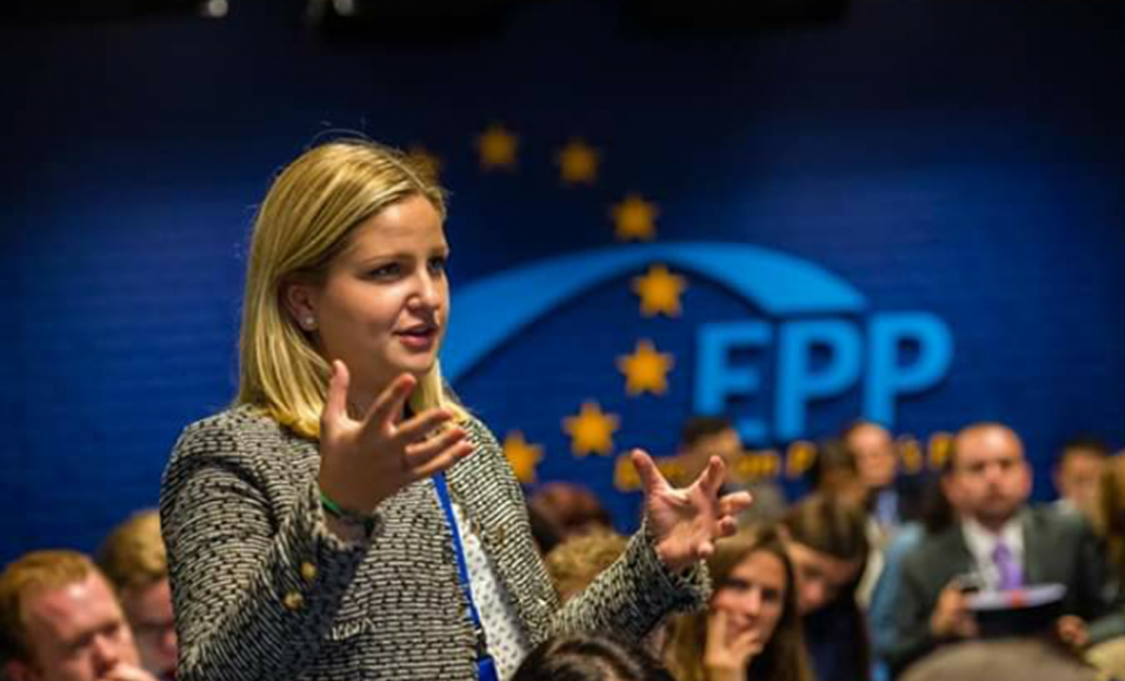 Mbesa e Musine Kokalarit, Arba Kokalari, zgjidhet deputete e Parlamentit Europian