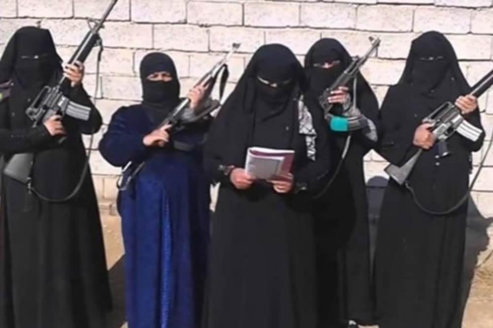 Europoli: Terroristët e IS-it të varur nga gratë