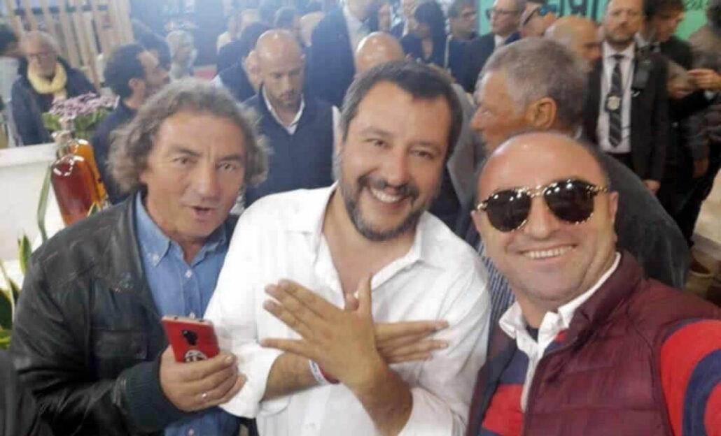 Matteo Salvini synon dëbimin e romëve, sintëve dhe endacakëve