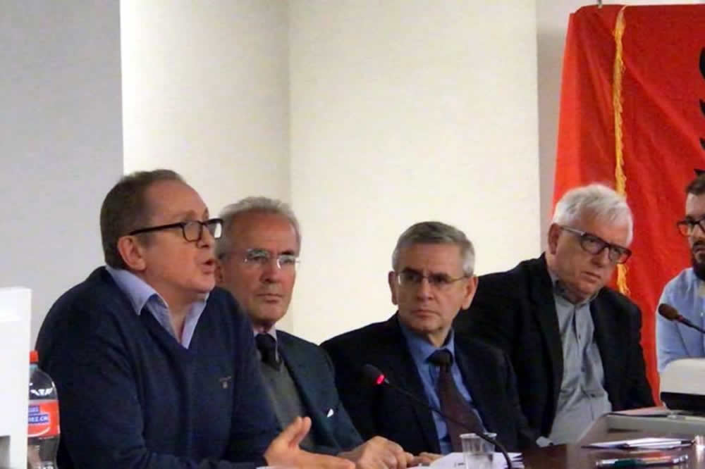 Akuzë publike e Bardhyl Mahmutit: Me përkthimin e raportit të ekspertizës për Astrit Deharin u bë përpjekje e qëllimshme për ta fshehur krimin