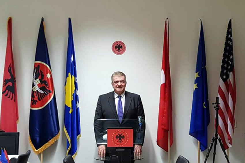KOSOVA NUK MUND TË PRES ASNJË T'MIRË NGA ATA QË URREJNË IBRAHIM RUGOVËN, GJERGJ KASTRIOTIN E NËNËN TEREZË!
